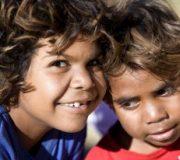 Leading Australian tobacco-control experts praise Indigenous smoking initiative