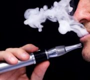 Daily use of e-cigarettes doubles the risk of heart attack